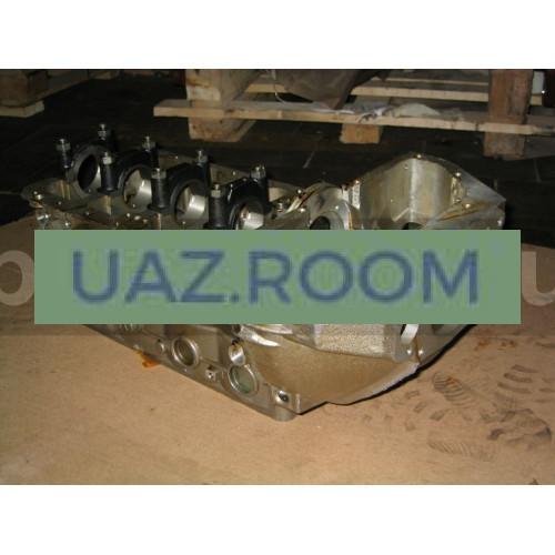 Блок  двигателя ЗМЗ-4021 УАЗ с картером сцепления