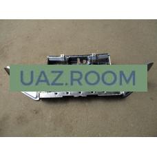 Панель  рамки радиатора  УАЗ Патриот, PICKUP, CARGO (телевизор; каркас рамки)