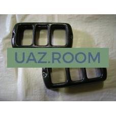 Защита  фонарей задних  УАЗ 469, 452 (пластик) К-КТ / 452