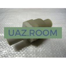 Клапан  обратный ГВУ  УАЗ (вакуумного усилителя)** в сборе, пластик