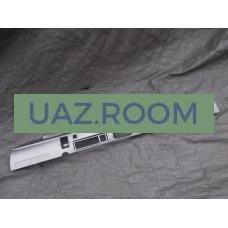 Панель  приборов  УАЗ 452 (металл) ЕВРО-4 (с 2016 г. в., под центр. спидометр 374195-3801010-10)