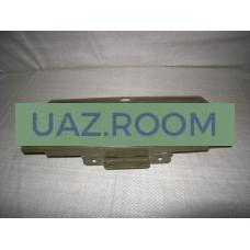 Крышка  вещевого ящика (бардачка)  УАЗ 452