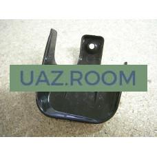 Накладка  петли передней двери (панели) УАЗ 3741 верхняя правая