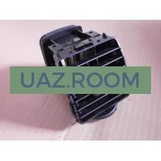 Дефростер  (дефлектор воздуха) панели приборов  УАЗ Патриот РЕСТАЙЛИНГ-2014, центральный