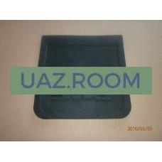Брызговик  резиновый (фартук) УАЗ 3303 передний 296*296 мм