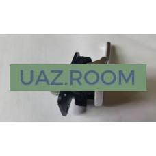 Ручка  двери  внутренняя  УАЗ Патриот левая В СБОРЕ с кронштейном (с шумоизоляцией в сб.)