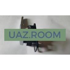 Ручка  двери  внутренняя  УАЗ Патриот правая В СБОРЕ с кронштейном (с шумоизоляцией в сб.)