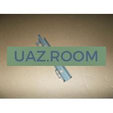 Стойка  опускного стекла  УАЗ 452 правая задняя