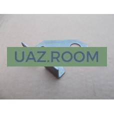 Кронштейн  передних тормозных шлангов промежуточный  УАЗ ПРОФИ 236021