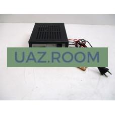 Зарядно-предпусковое устройство НПП 'ОРИОН СПб' ВЫМПЕЛ-37 (автомат(0-20А) 12В (ЖК индикатор)