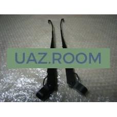 Поводок (рычаг стеклоочистителя)  УАЗ 452 ЛЮКС (черный) с крючком (КОМПЛЕКТ:левый+правый)