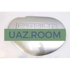 Заглушка  запасного колеса на заднюю распашную дверь УАЗ Патриот(пластик, цвет