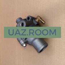 Корпус  термостата  дв.40904, 40905 УАЗ (Евро-4, с IV.2019) в сборе с термостатом (ЗМЗ)