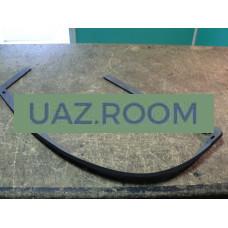 Уплотнитель  крышки люка пола переднего УАЗ 469, Хантер